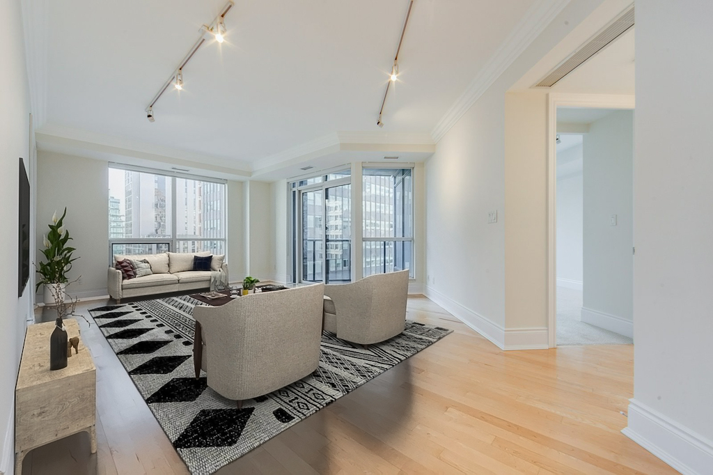 10 Bellair St Unit 603 Toronto Yorkville Condos Living Room