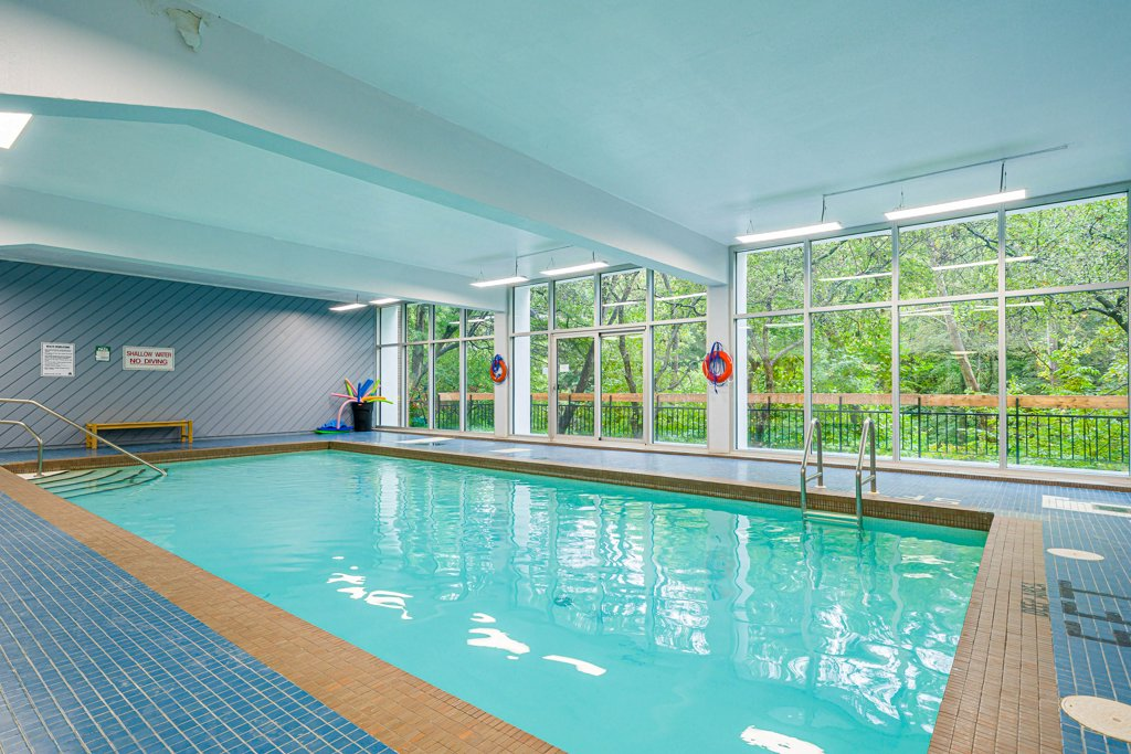 21 Dale Avenue Toronto Condos Rosedale Co-ops Indoor Pool