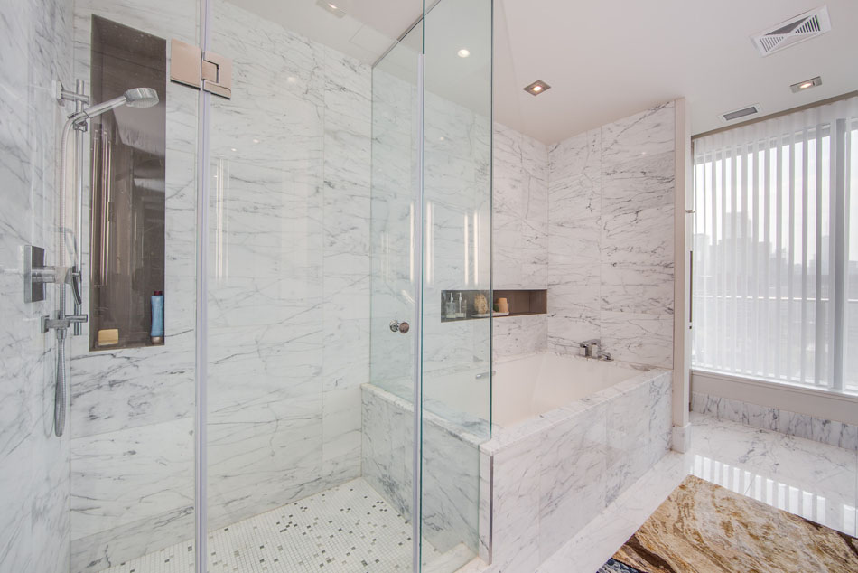 77 Charles St West Yorkville Toronto Condos Unit 1402 Master Bathroom